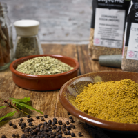 SPICES WHOLE